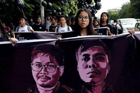 معترضان خواهان آزادی خبرنگاران محبوس رویترز در میانمار شدند