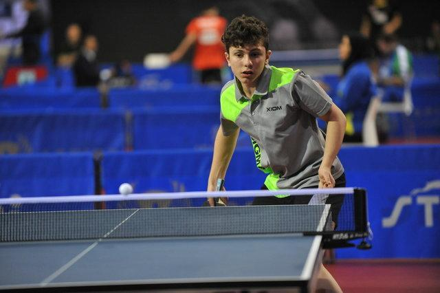 قهرمانی امین احمدیان 17ساله در تور تنیس روی میز ایران