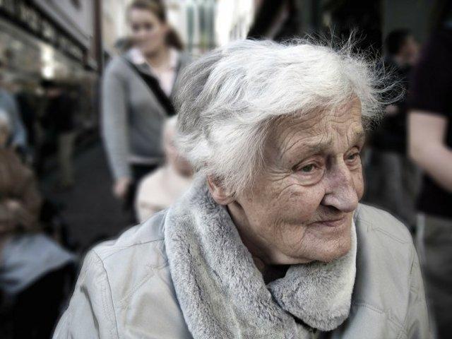 زنان بیشتر در معرض سکته مغزی، پارکینسون و زوال عقل هستند