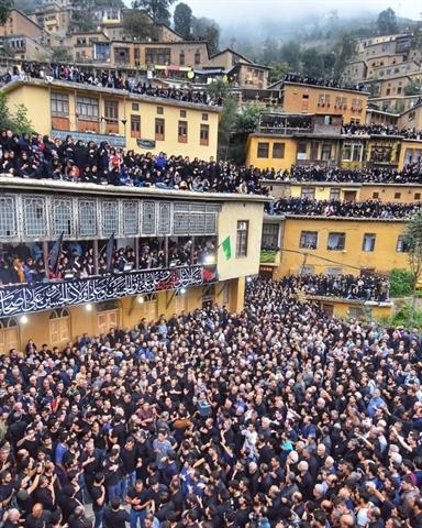 علم بندی شب هفتم محرم در شهر تاریخی ماسوله برگزار گردید