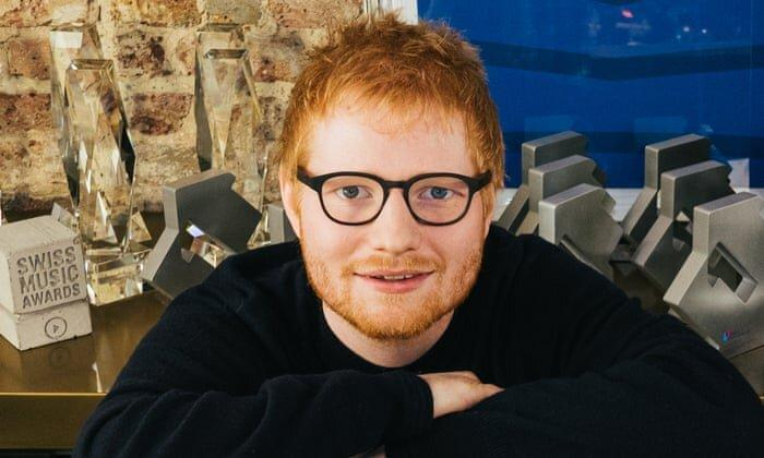 79 هفته در صدر ، خواننده 28 ساله برترین هنرمند دهه بریتانیا شد