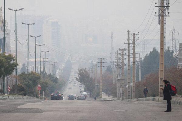هوای همدان ناسالم است ، یک ایستگاه سنجش آلودگی هوا کافی است
