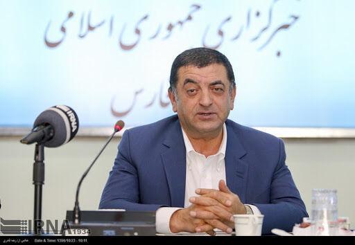 خبرنگاران رئیس اتاق بازرگانی فارس: چالش های اقتصاد را نباید تنها به گردن کرونا انداخت