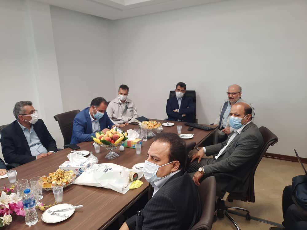 خبرنگاران خوداتکایی در فراوری قطعات، اولویت صنایع فراوریی کشور باشد