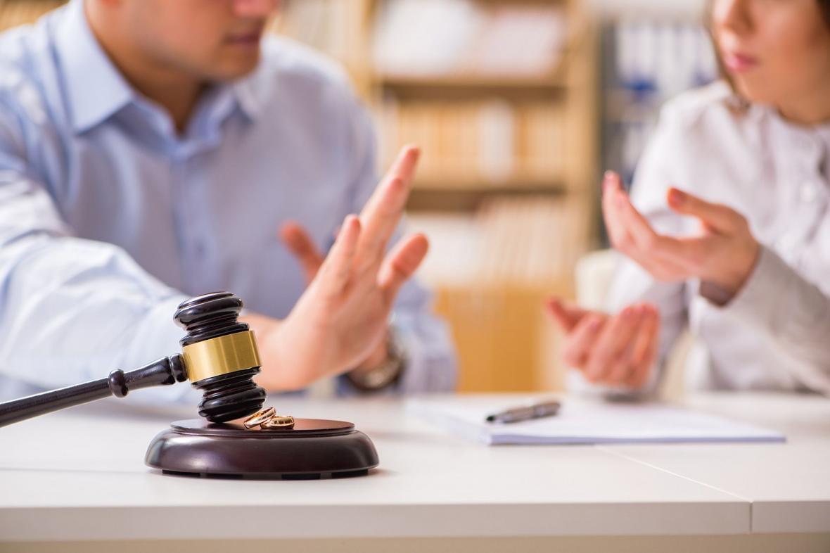 افزایش بی رویه طلاق در آمریکا با شیوع کرونا