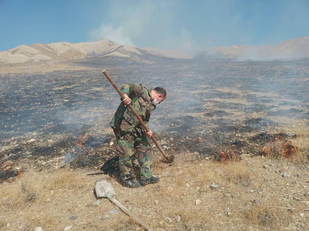 آتش سوزی در مراتع پاکدشت مهار شد