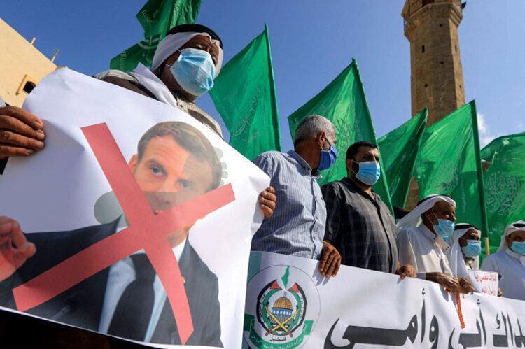 خشم و نارضایتی دنیا اسلام از انتشار تصاویر موهن