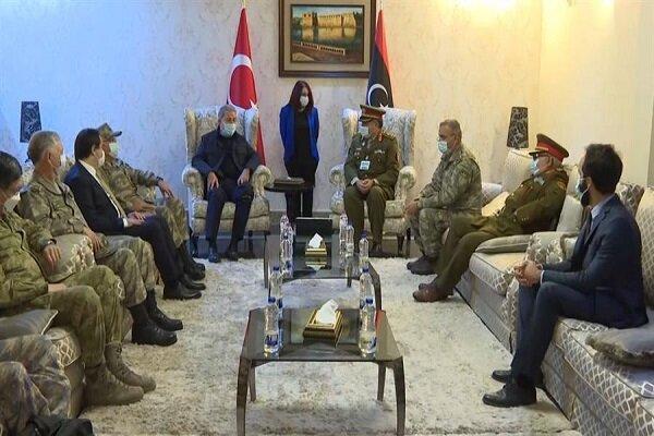واکنش اعراب به سفر جنگی وزیر دفاع ترکیه به لیبی