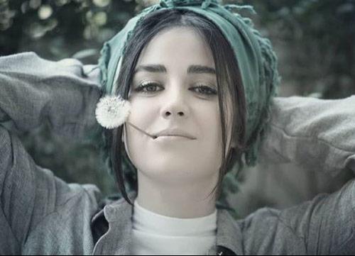 بیوگرافی افسانه پاکرو و خواهرش سعیده پاکرو