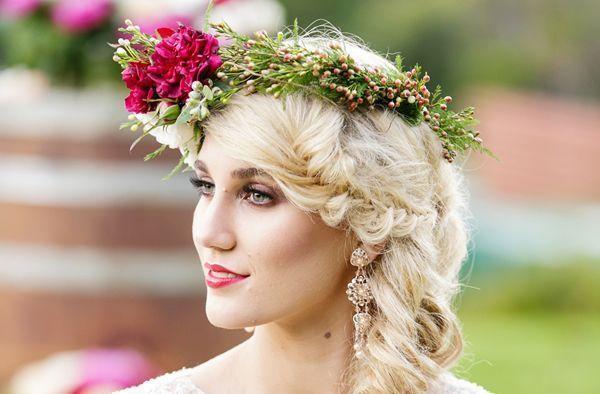 انواع مدل مو عروس با تاج گل؛ ساده و جذاب