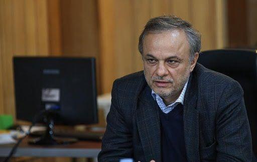 رزم حسینی: قیمت ها در بازار خودرو کاهشی است