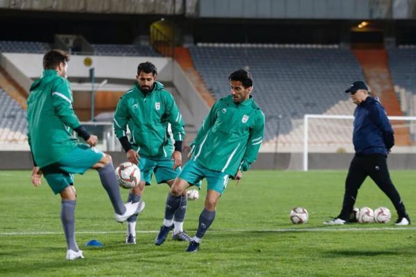 خبرنگاران ممنوعیت رسانه ها از حضور در تمرینات تیم ملی فوتبال