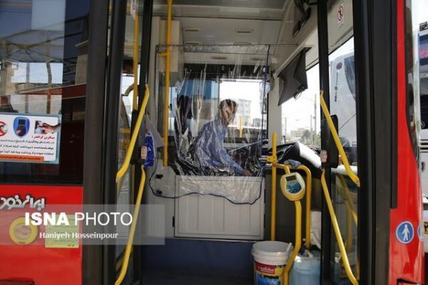 فعالیت مجدد اتوبوس ها در شیراز، راننده ها واکسینه نشده اند