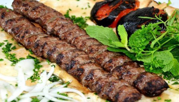 طرز تهیه کباب کوبیده مخصوص با رموز سرآشپزهای حرفه ای